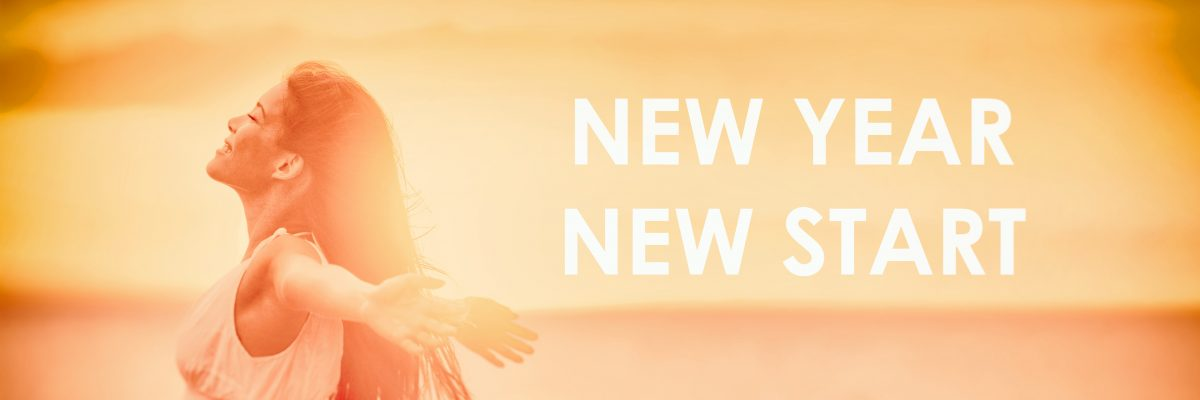NEW YEAR NEW START motivational message, inspirational quotes for the New Year 2019 resolution in fitness weight loss. Happy woman with arms up for new life challenge banner panorama; blog: realistic new years resolutions